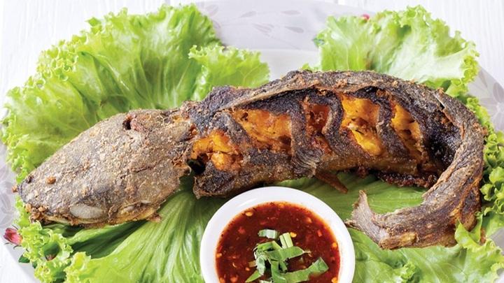 cách làm cá trê nướng sa tế 1