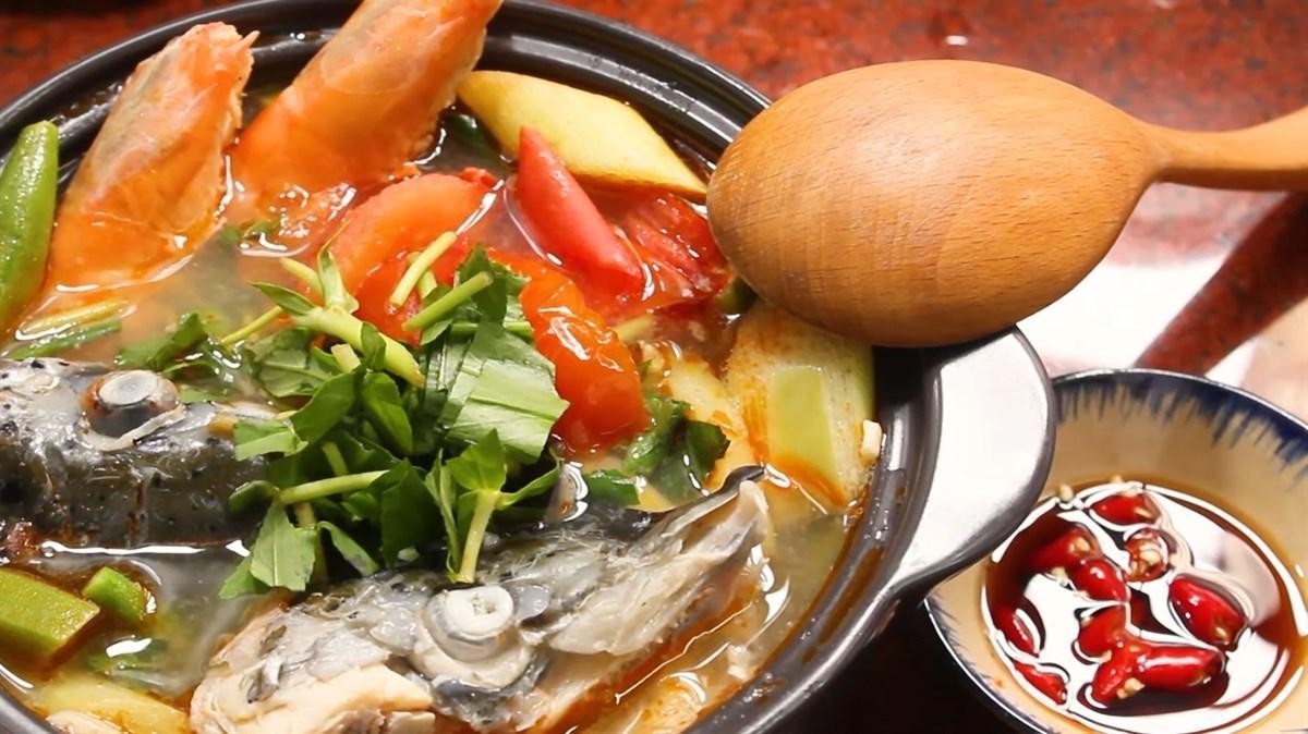 cách làm đầu cá hồi nấu canh chua 4