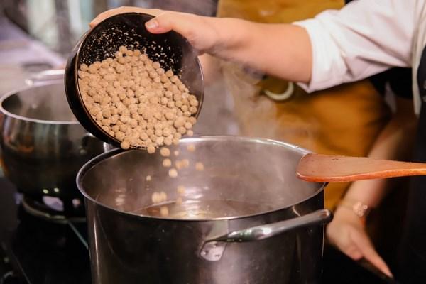 cách làm trân châu milo với bột năng 2