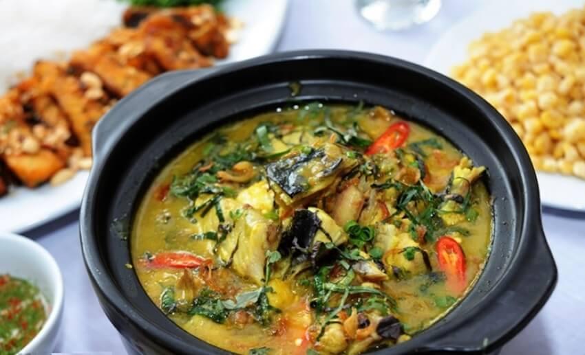Cách nấu cá trê om chuối đậu 3