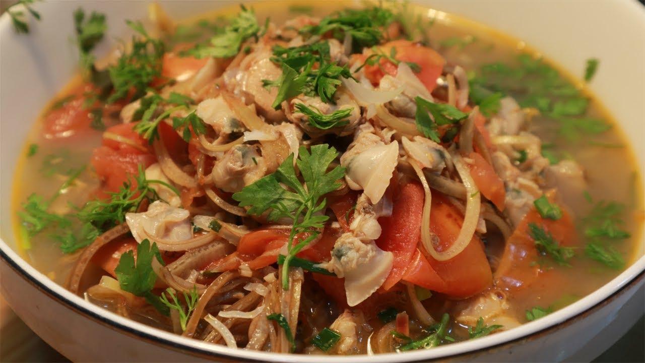 hoa chuối nấu canh chua với ngao
