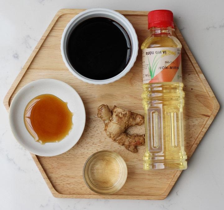 ức gà nướng sốt Teriyaki Nhật Bản 1