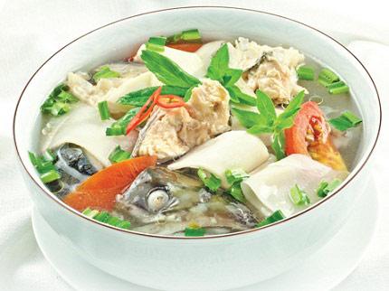 vây cá hồi nấu canh chua 1