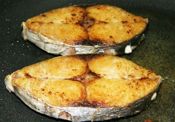 Cá ngừ kho cà 4