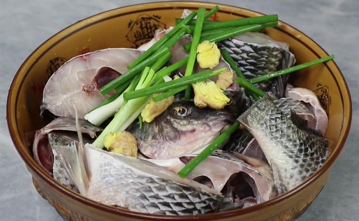 cá rô kho bầu 3