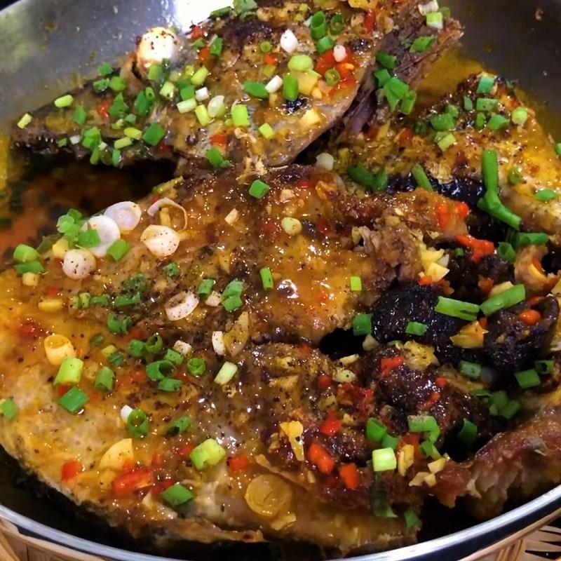 Cách kho cá ngừ tỏi ớt 7