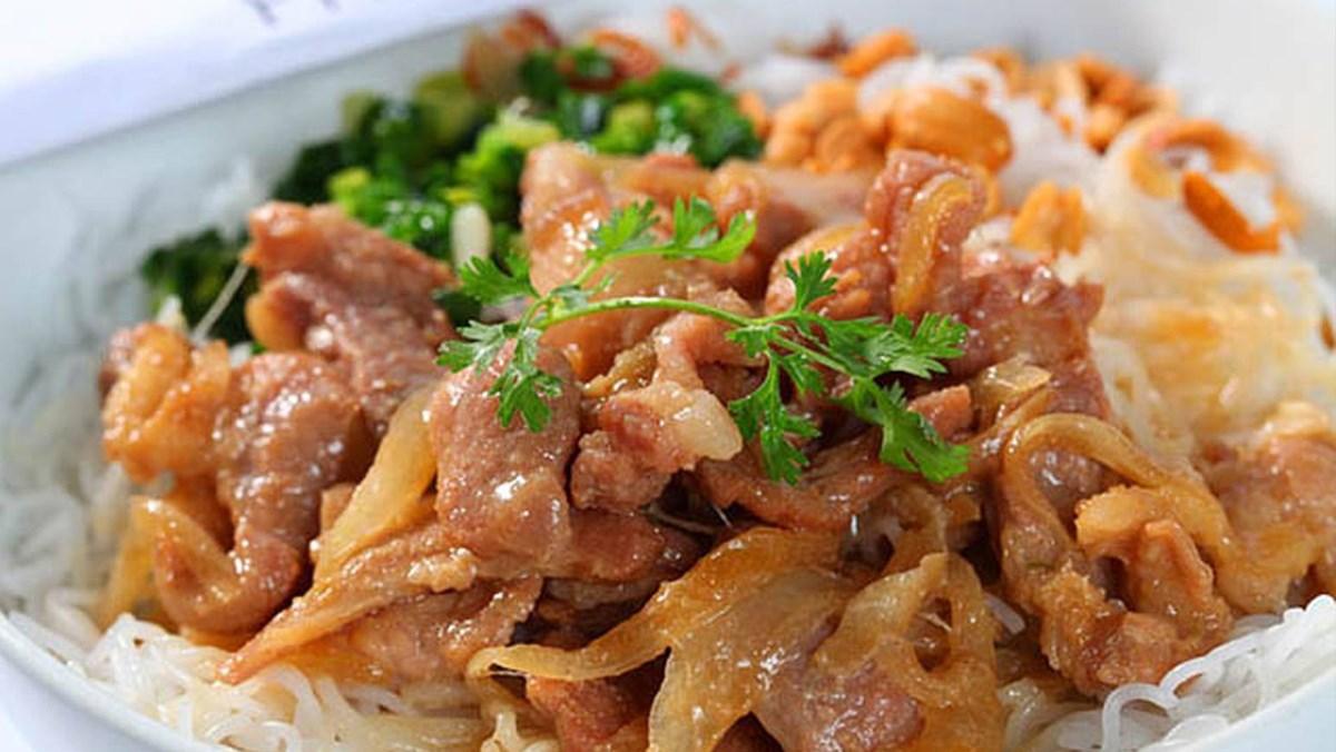cách làm bún xào thịt ngũ vị hương 7
