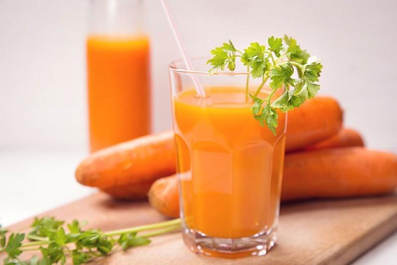 cách làm sinh tố cà rốt 1