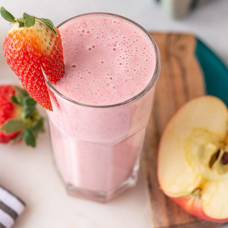 cách làm sinh tố dâu tây táo 4