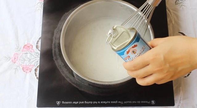 cách làm thạch hoa quả nước cốt dừa 2