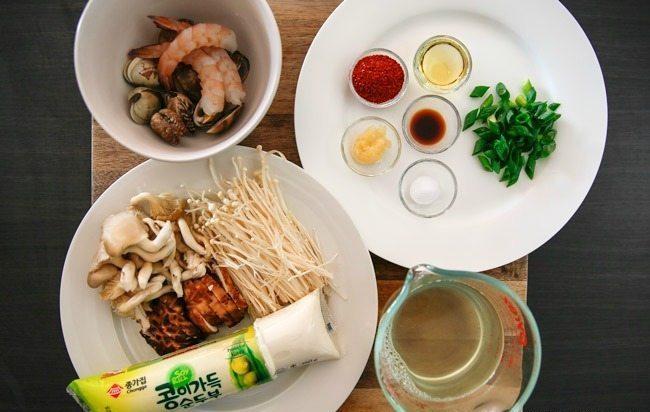Cách nấu canh đậu hũ non Hàn Quốc 3