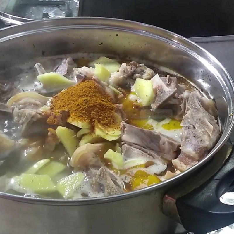 Cách nấu hủ tiếu dê 4