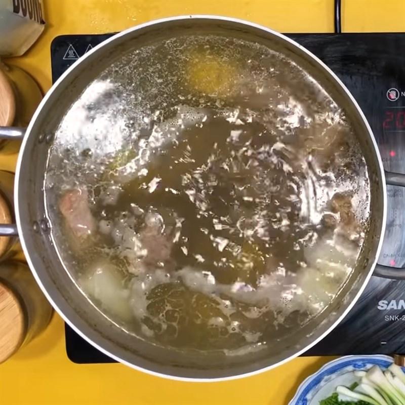 Cách nấu hủ tiếu xương 6