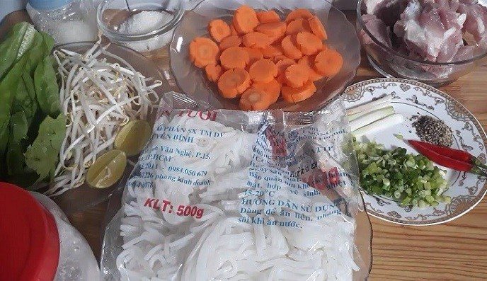 Cách làm bánh canh giò heo 2