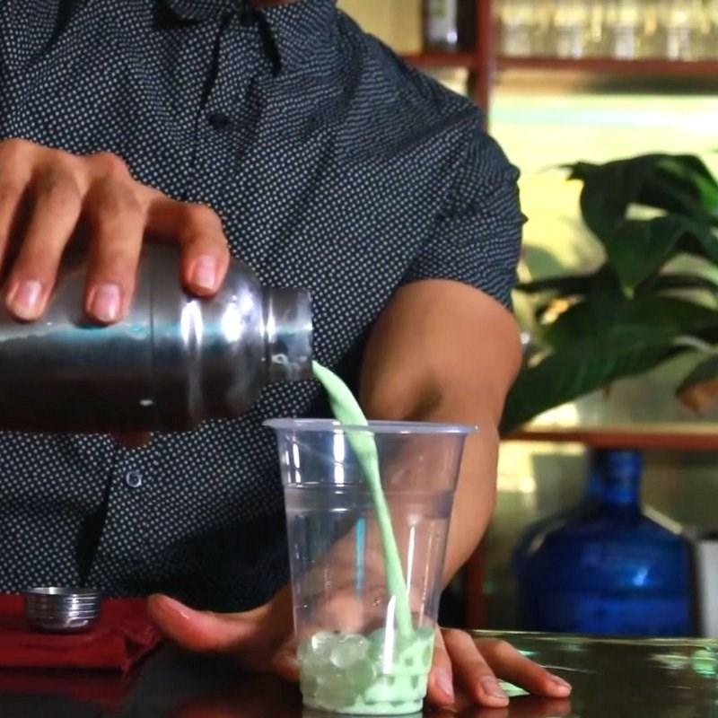 Cách làm trà sữa bạc hà 10