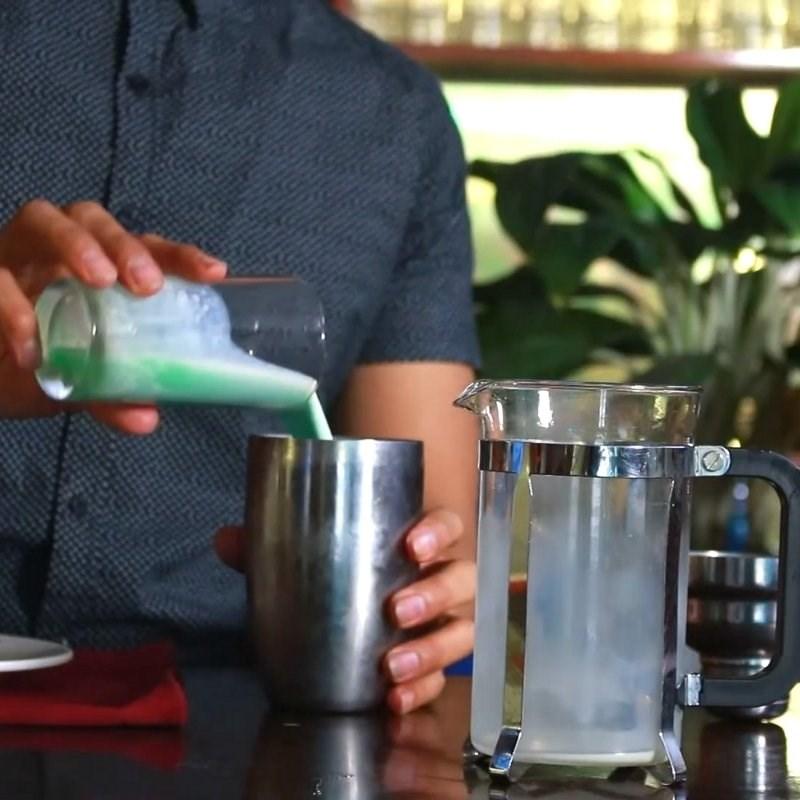 Cách làm trà sữa bạc hà 8