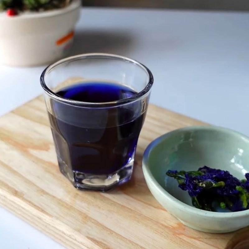 Cách làm trà sữa hoa đậu biếc 3