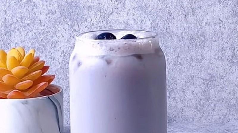 Cách làm trà sữa việt quất 1