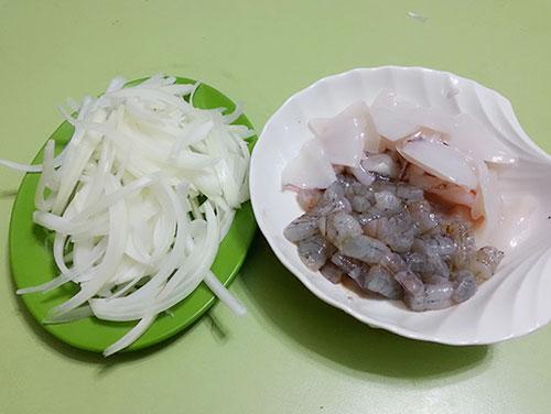 cách nấu súp hải sản 4