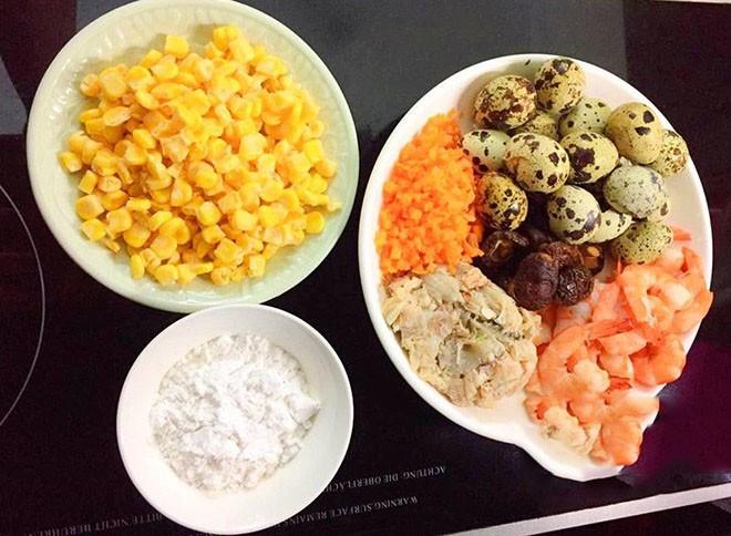 cách nấu súp hải sản trứng cút 1