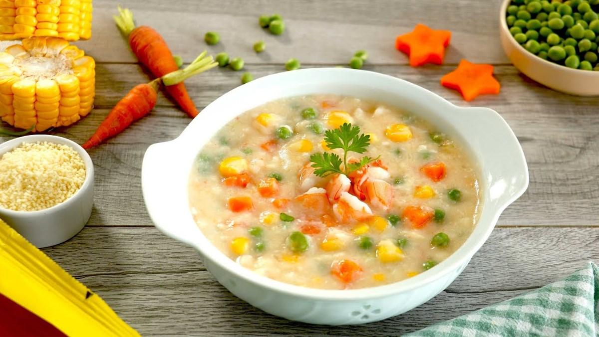 cách nấu súp rau củ tôm trứng 6