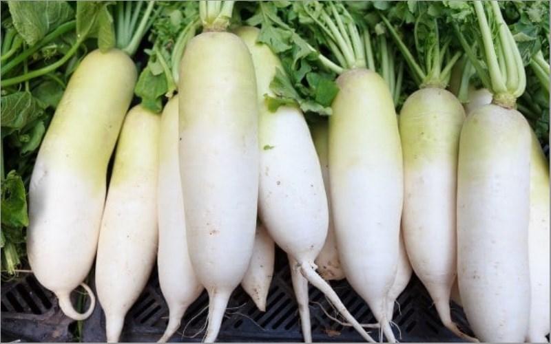 mách bạn cách chọn nguyên liệu sườn kho củ cải 2
